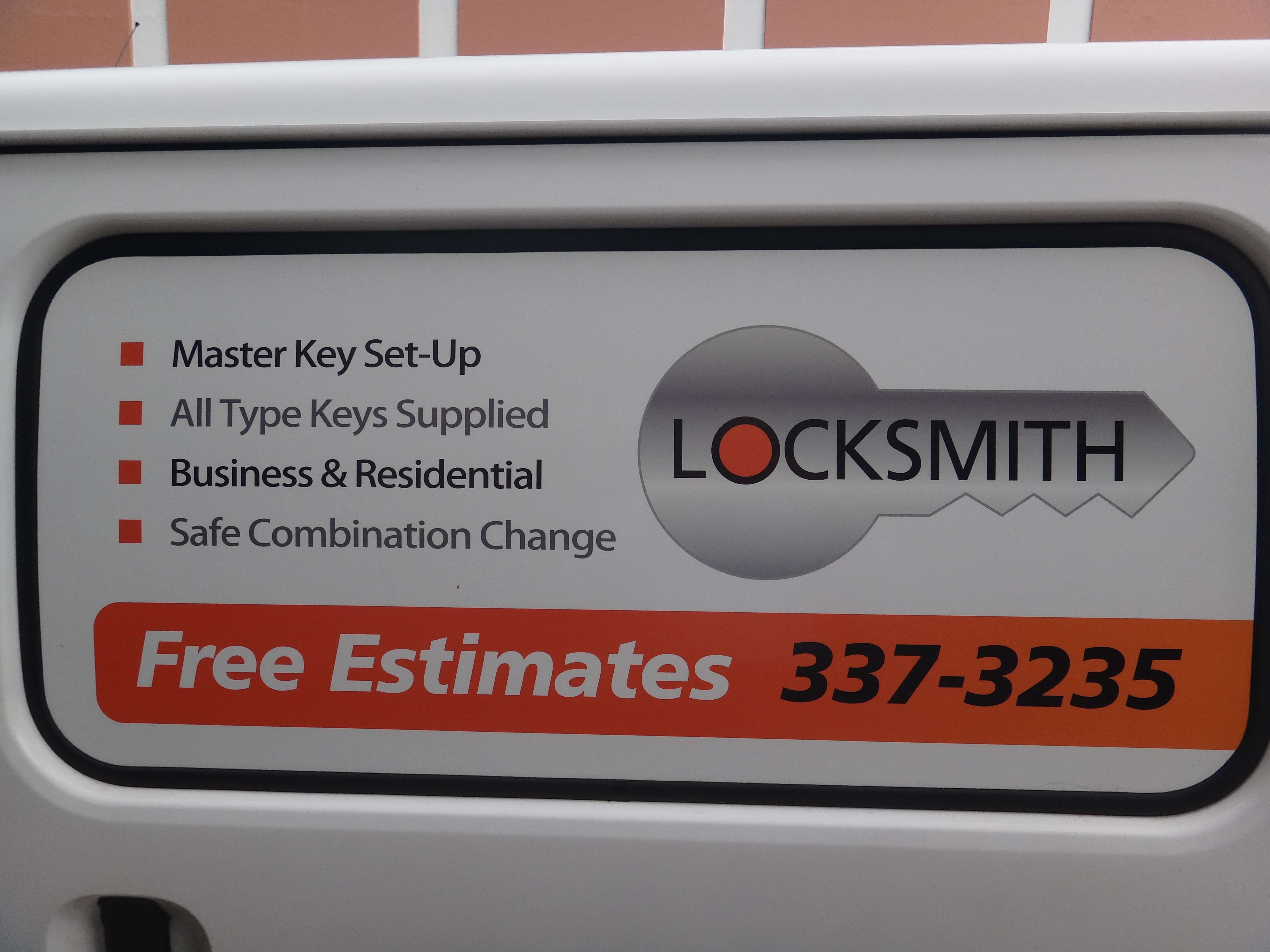Bermuda Security Services Ltd Locksmiths Esite Yabsta Locklock Family Lunch Abu Hpl823dg