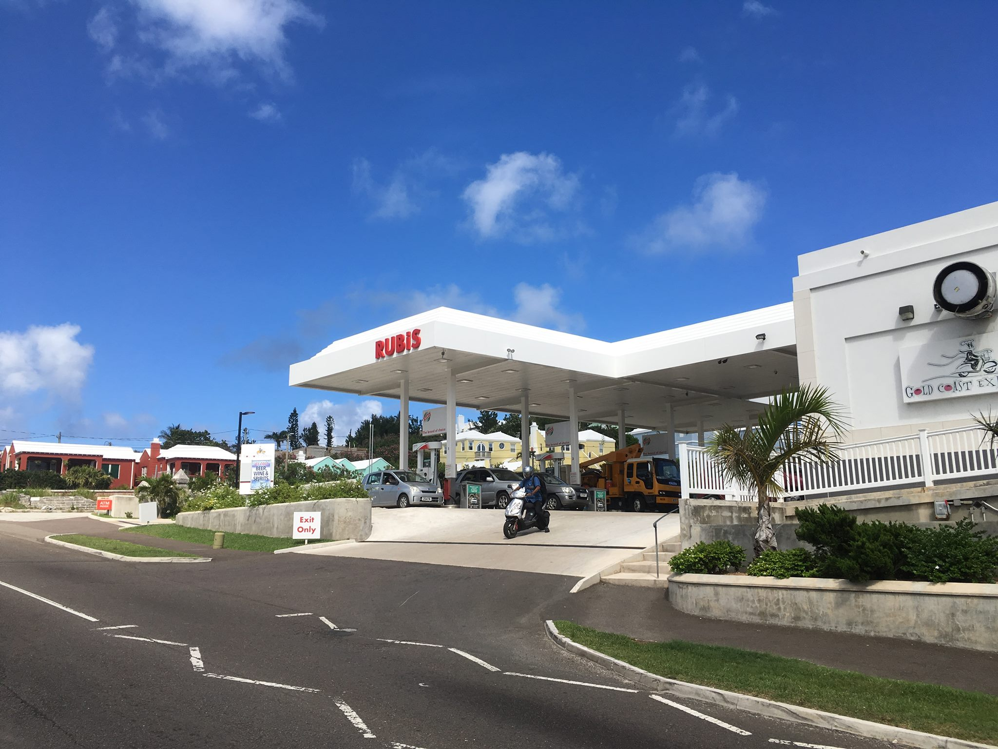 Rubis Warwick Gas Station