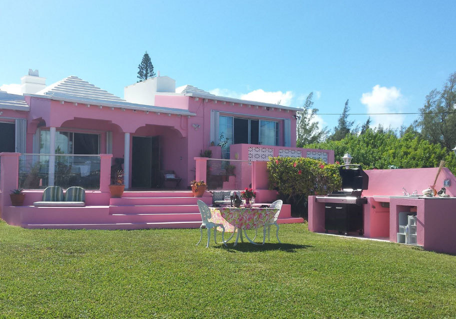 Bermuda Ocean Views Studio Suites & Apartments