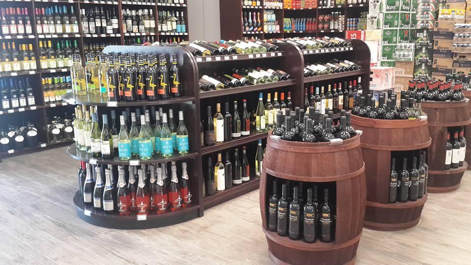 Hayward's Liquor Store