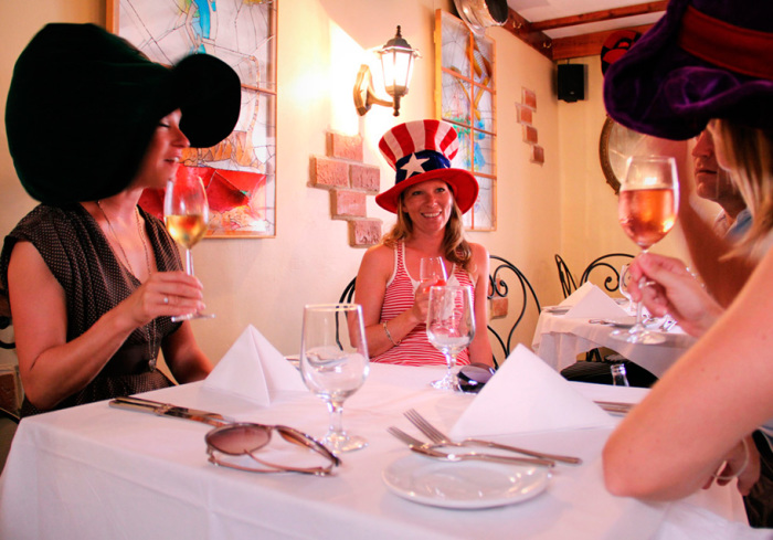 Mad Hatters Restaurant